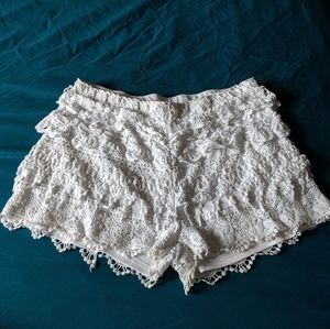 Cute Lacy White Shorts! XL